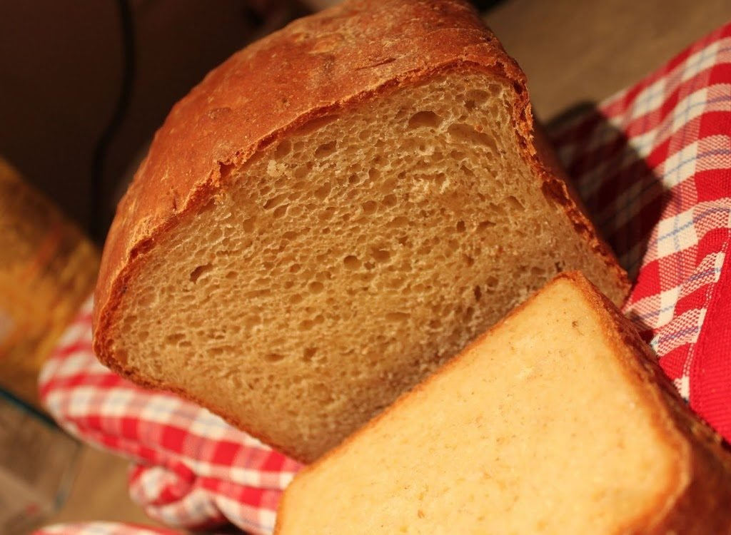 Ricotta, Olive oil Bread on a red check cloth