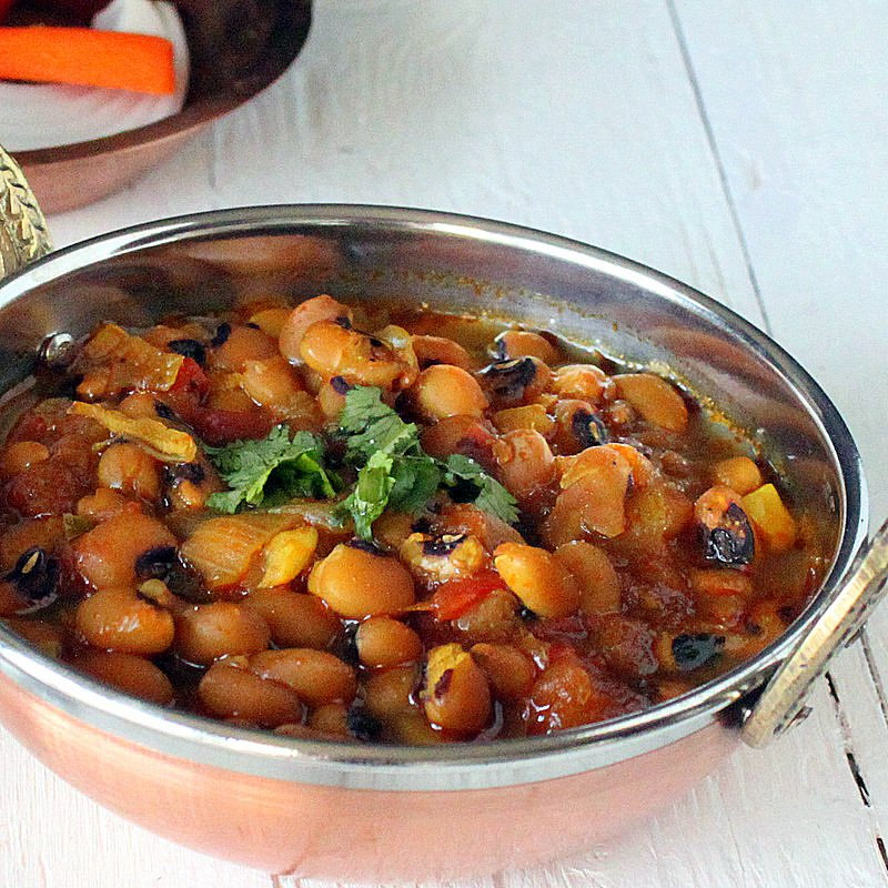 Mom's Black Eyed Peas Curry (Raungi or Lobhia. Black Eyed Peas Curry Indian Recipe. Curriedblack eyed beanscooked with Indian spices and onion tomato sauce. Vegan Gluten-free Soy-free