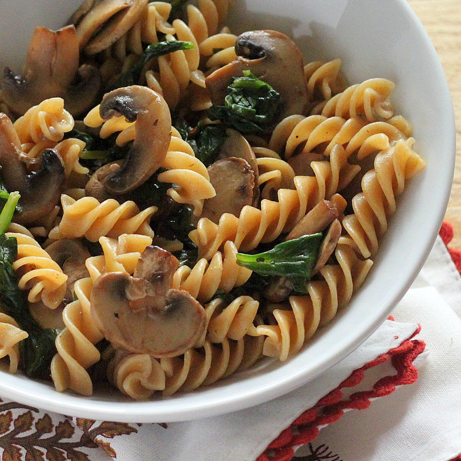 Whole Grain Fusilli With Browned Mushrooms And Spinach