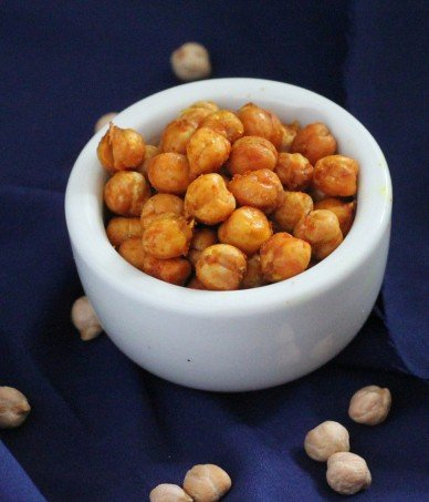 Roasted sprouted chickpeas in a small white serving bowl