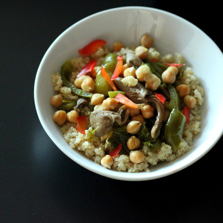 Quinoa Bowl with Bell Peppers, Chickpeas, dried Oyster mushrooms. vegan glutenfree recipe
