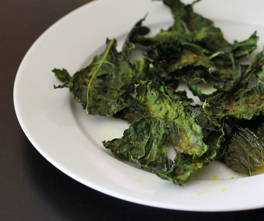 Fat free kale chips