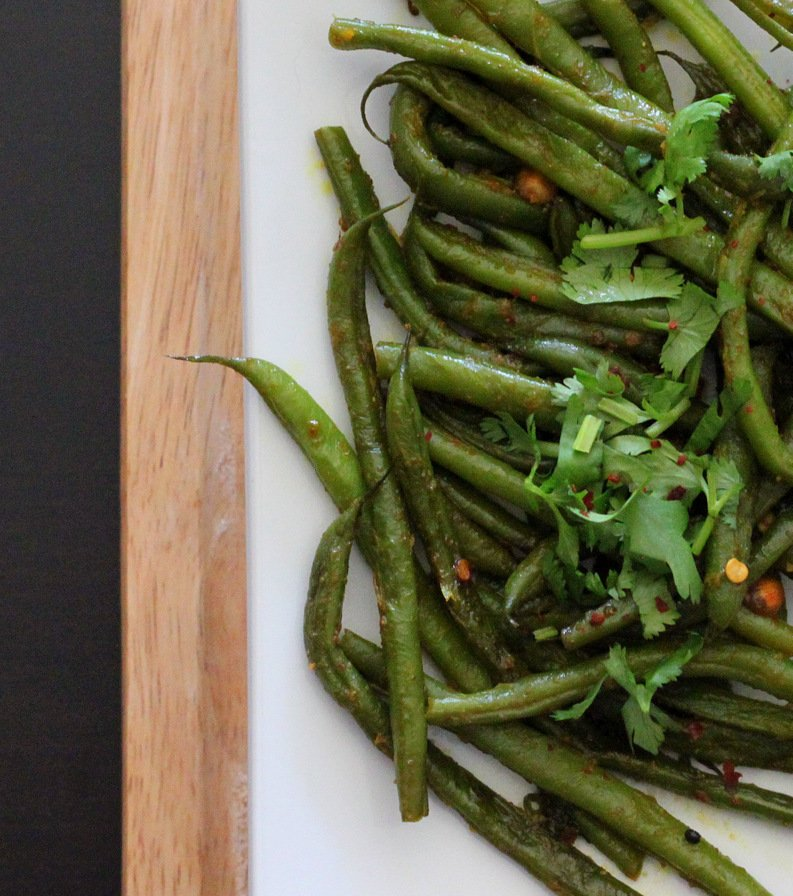 Green Beans with fennel seeds, lentils and cilantro. Barbati Sabji vegan glutenfree recipe