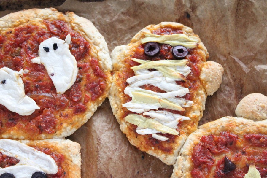 Halloween Pizzas: Ghosts, Pumpkins and Mummies with coconut milk ...