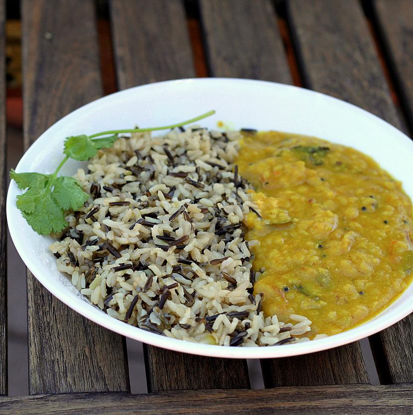 Ethiopian Kik Alicha - Split Pea Stew | Vegan Richa