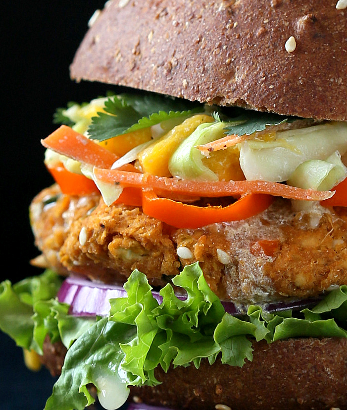 bbq-lentil-veggie-burger-Spiced-apple-cake-057-001