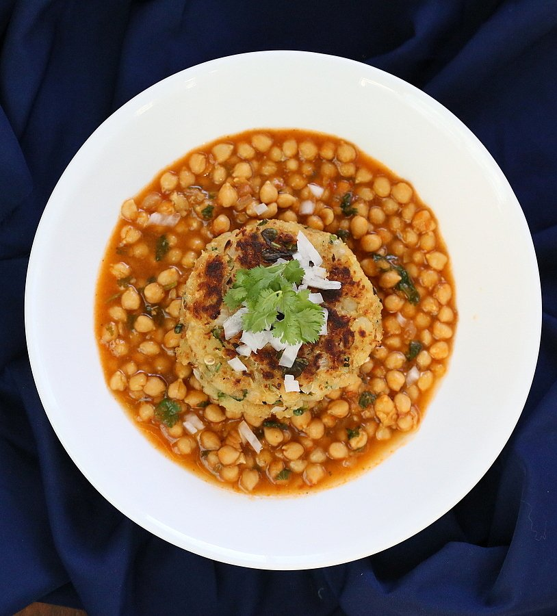 Potato Quinoa Patties with Chickpea curry. Tikki Chole | VeganRicha.com #vegan #recipe