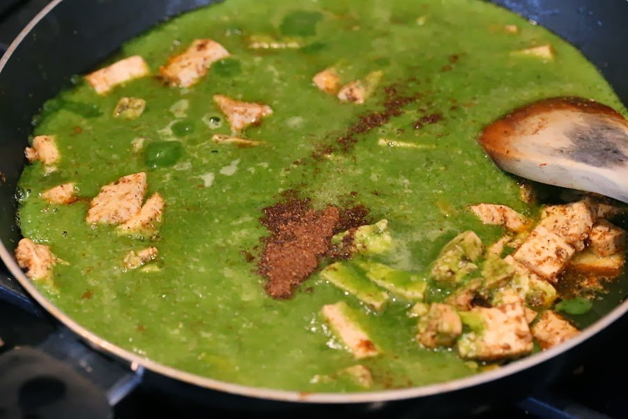 Spinach puree in a skillet for our Vegan Palak tofu Paneer