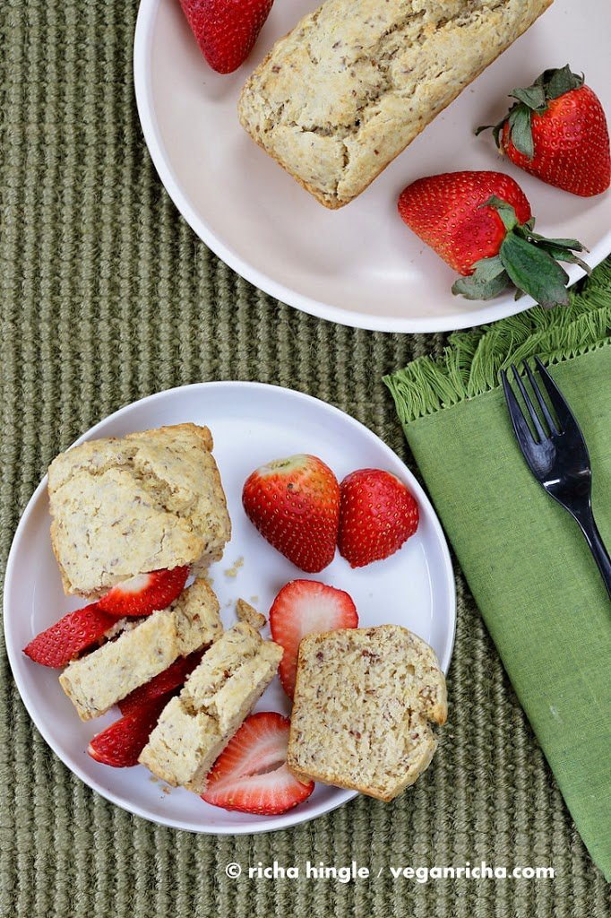 This Vegan Vanilla pound cake is easy, moist and dense. Easy Vegan Pound Cake Recipe | VeganRicha.com