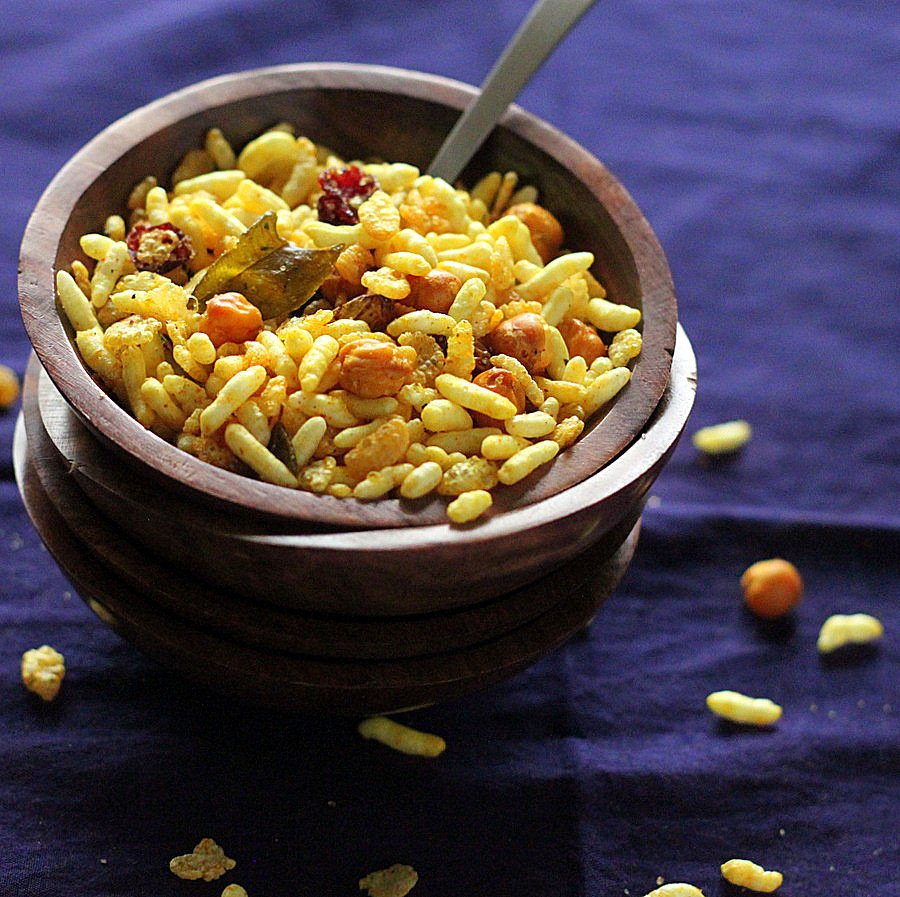 Chivda- Savory Cereal Snack, With Dried Fruits, Roasted
