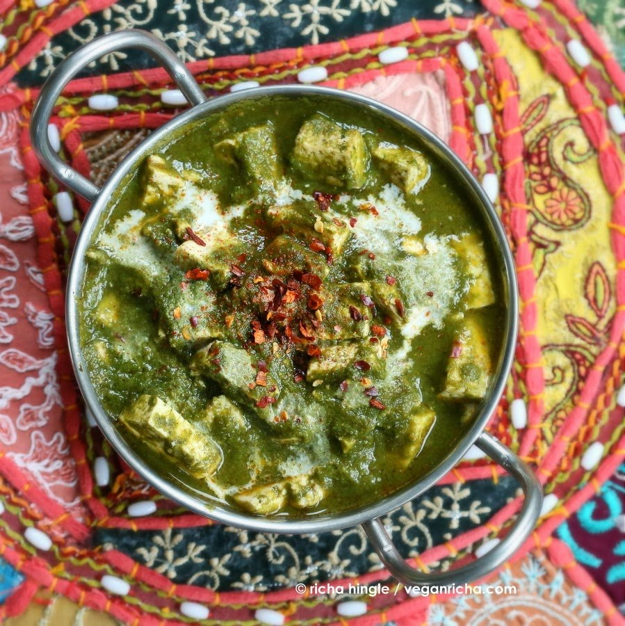 Vegan Palak Tofu Paneer - Tofu in Spinach curry. This Vegan Saag Tofu is super easy. It can be made soy-free with Chickpea Tofu, veggies or cooked chickpeas.| http://veganricha.com #vegan #dairyfree #glutenfree #Indian
