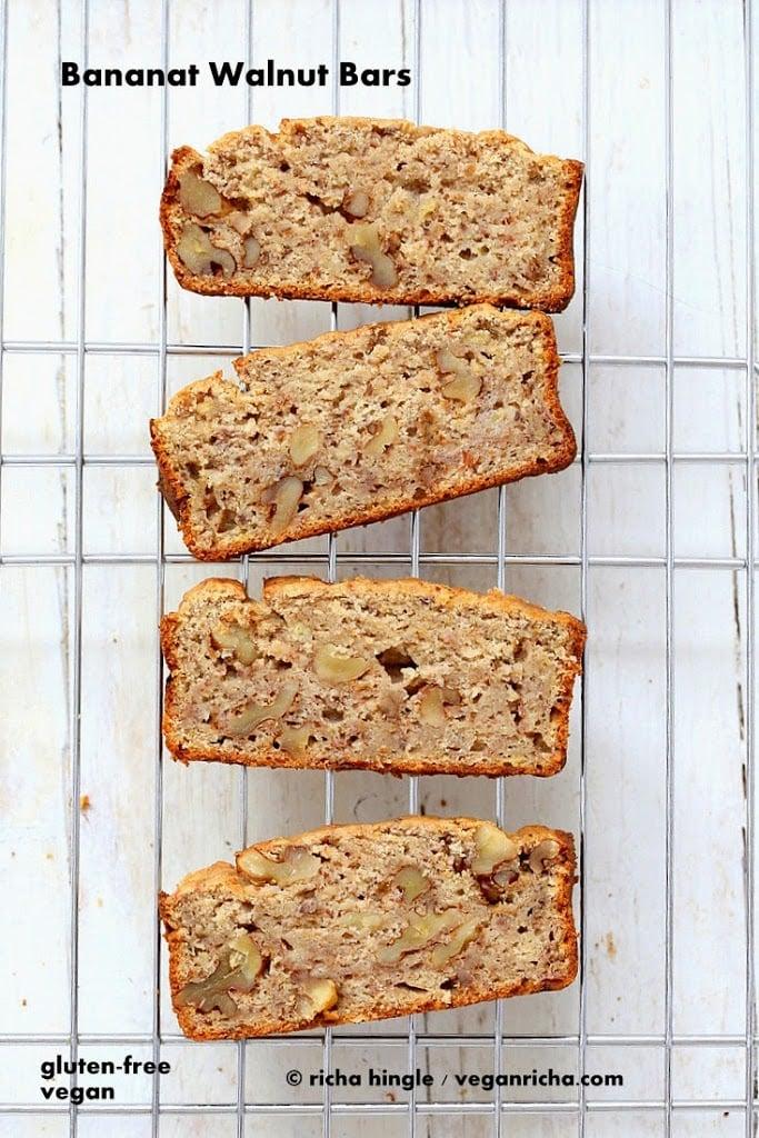 Gluten free banana walnut bread | Vegan Richa This Vegan gluten-free Banana Bread makes a great breakfast. No added refined sugar, loads of banana, spices #vegan #glutenfree #bananabread