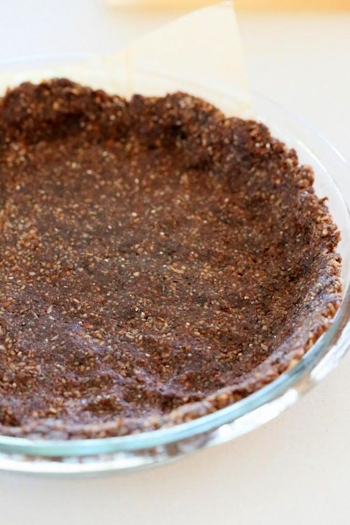 Vegan Salted Caramel Chocolate Pie | Vegan Richa