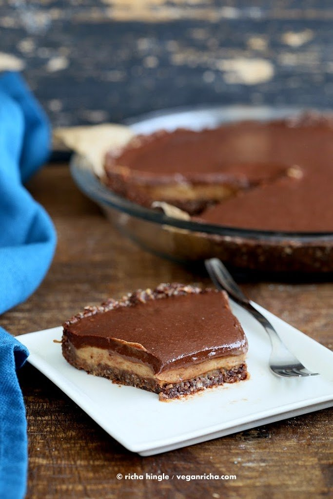 Vegan Salted Caramel Pie - layers of Salted Date Caramel, Chocolate Ganache and Almond Chocolate Crust. No Bake Gluten-free palm oil free | VeganRicha.com