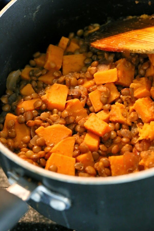 Lentil and sweet potato filling in a pot