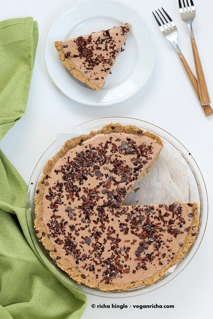 Cookie Dough Pie Crust with creamy Vanilla filling | Vegan Richa