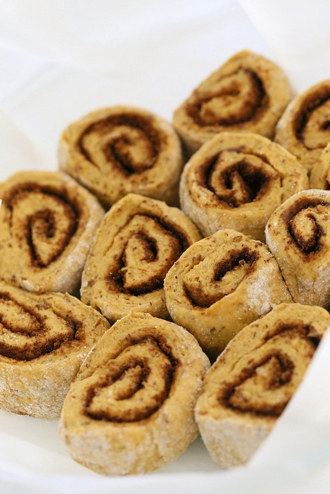 Vegan Pumpkin Cinnamon Rolls | Vegan Richa