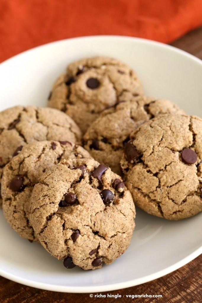 Gluten free Vegan Chocolate Chip Cookies | Vegan Richa