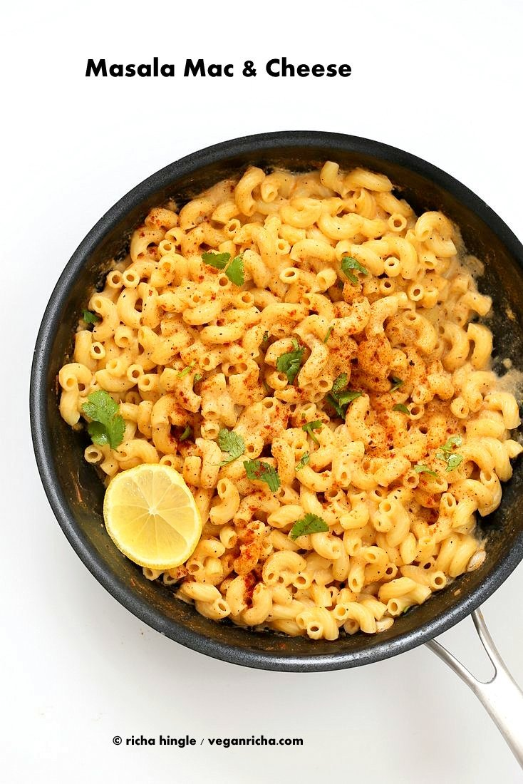 Masala Mac and Cheese! Garam masala spice blend, cumin, fennel, cayenne, nigella and fenugreek seeds in this Indian Spiced cheese sauce. | VeganRicha.com #Vegan #Recipe #maccheese