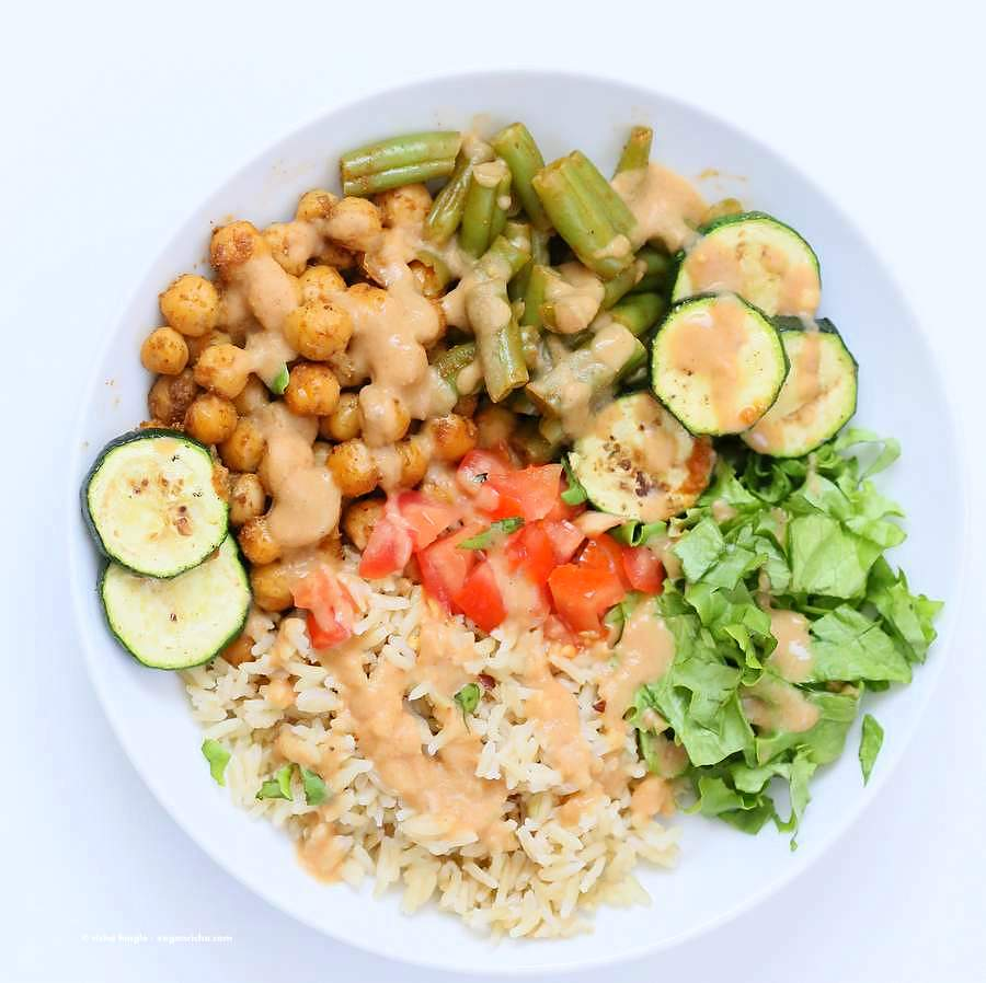 Masala Chickpea Bowl with Chana masala Spice Cream Sauce | Vegan Richa
