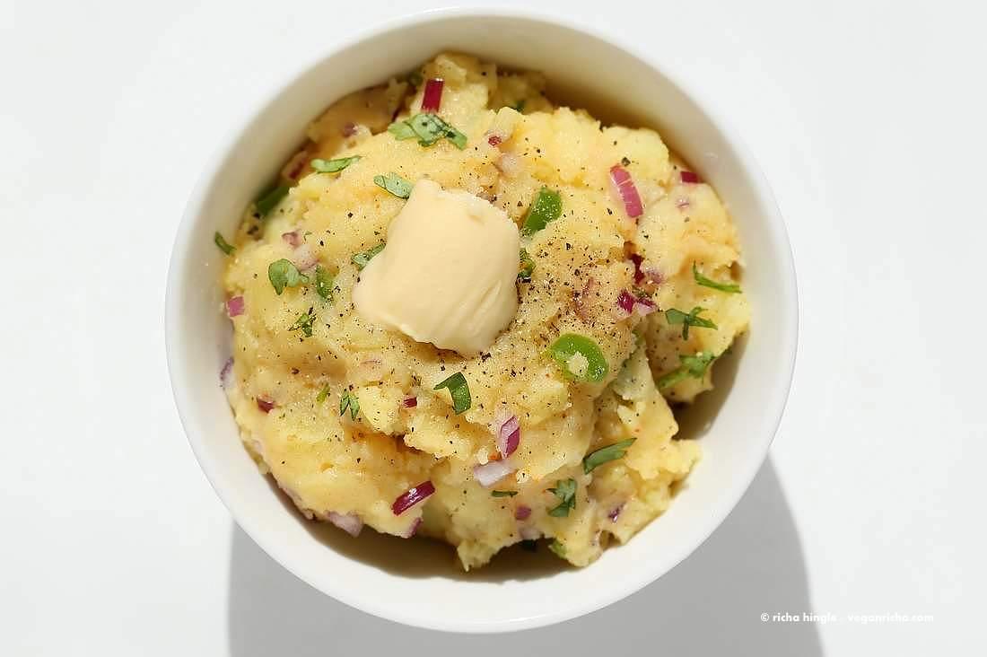 Aloo Bharta - Indian Mashed Potatoes   Vegan Richa