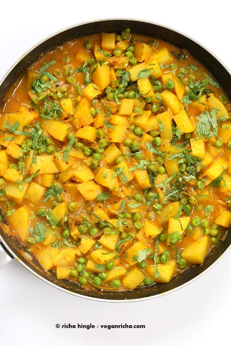 Vegan bombay potatoes and peas vegan richa vegan bombay potatoes and peas httpveganricha easy indian spiced forumfinder