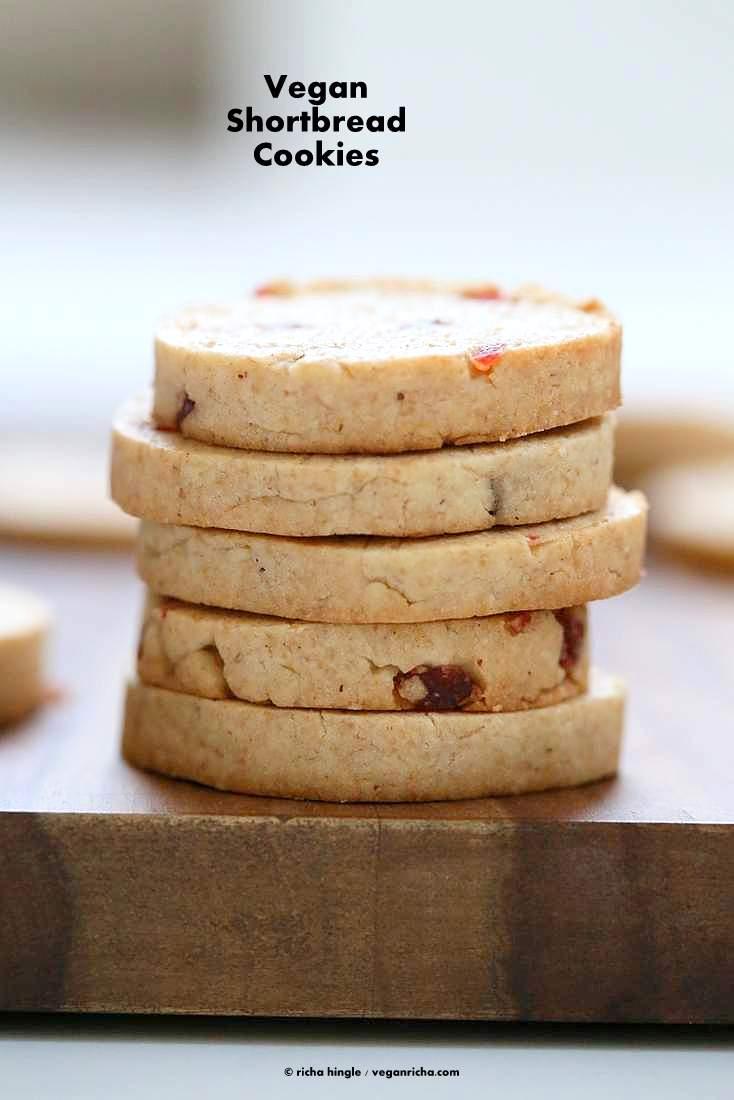 Vegan Coconut Oil Shortbread Cookies with Pumpkin Pie Spice   https://VeganRicha.com #vegan #cookie #shortbread