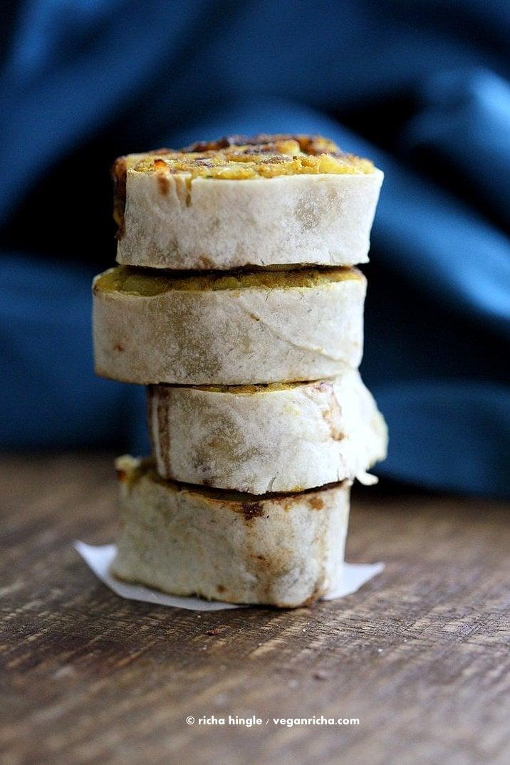 Samosa Pinwheels - Spiced Potato Pinwheels with quick Tamarind Chutney | VeganRicha.com #vegan #appetizer #samosa
