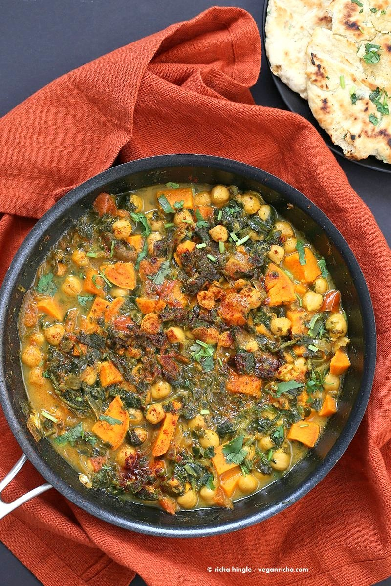 Easy One Pot Chickpea Sweet potato Spinach Curry with Indian Spices. Use spices of choice, pumpkin or other squash and other beans. | VeganRicha.com #vegan #glutenfree #soyfree #recipe