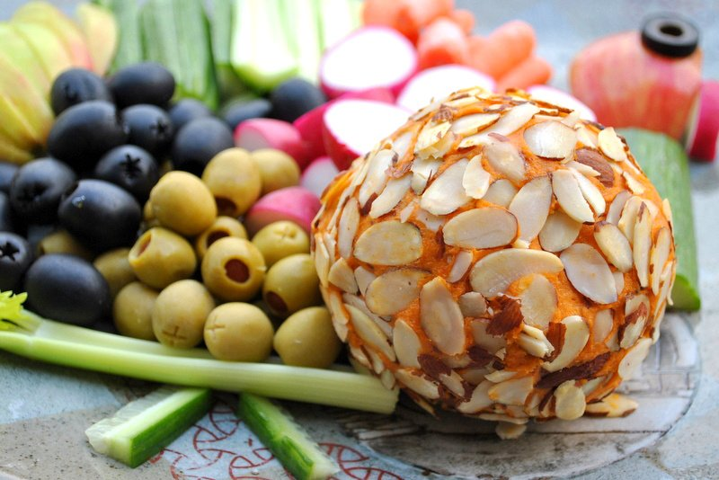 Extra sharp Cheddar Cheese Ball