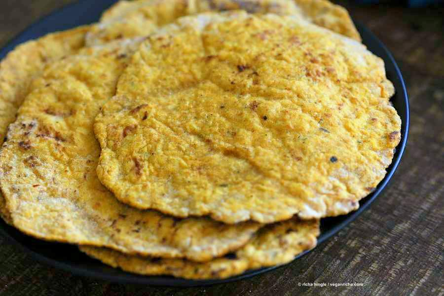 Easy Yeast-free Sweet Potato Vegan Gluten free flatbread. Sweet Potato flatbread with chickpea flour, rice flour and psyllium husk. #Eggless #vegan Oat-free #Recipe | VeganRicha.com