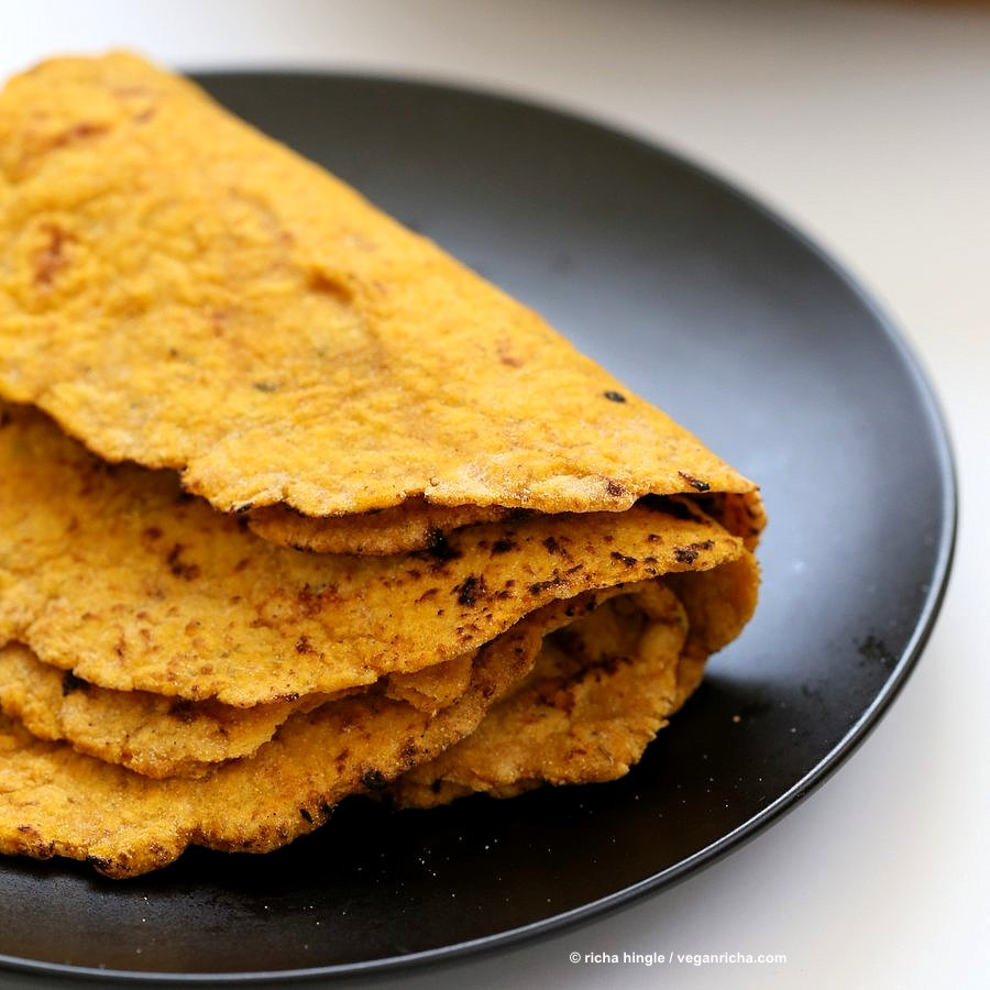 Easy Homemade Yeast-free Sweet Potato Vegan Gluten free flatbread. Sweet Potato flatbread with chickpea flour, rice flour and psyllium husk. #gumfree #Eggless #vegan #soyfree #Oatfree #Recipe | VeganRicha.com