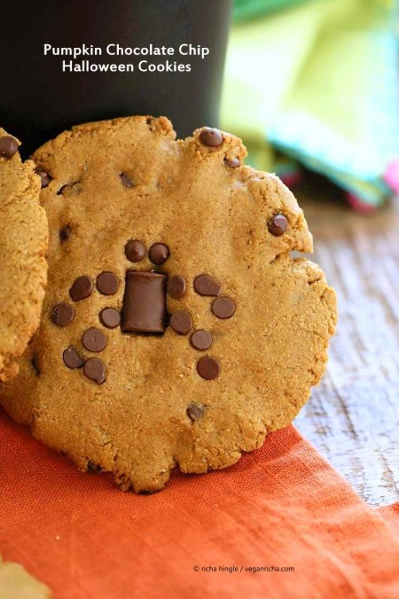 Vegan Pumpkin Chocolate Chip Cookies. Use chocolate chips on the Pumpkin cookies to make your favorite Halloween insects. | VeganRicha.com #vegan #cookie #recipe #veganricha