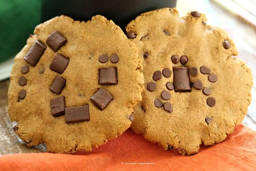 Vegan Pumpkin Chocolate Chip Cookies. Use chocolate chips on the Pumpkin cookies to make your favorite Halloween insects.   VeganRicha.com #vegan #cookie #recipe