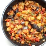 Easy Indian spiced Eggplants and Potatoes. Aloo Baingan Recipe. Curried Potato Eggplant side. | VeganRicha.com #vegan #glutenfree #Indian #eggplant #potato #glutenfree #veganricha #vegan