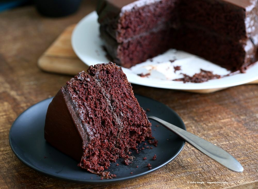 Easy Chocolate Layer Cake With Ganache