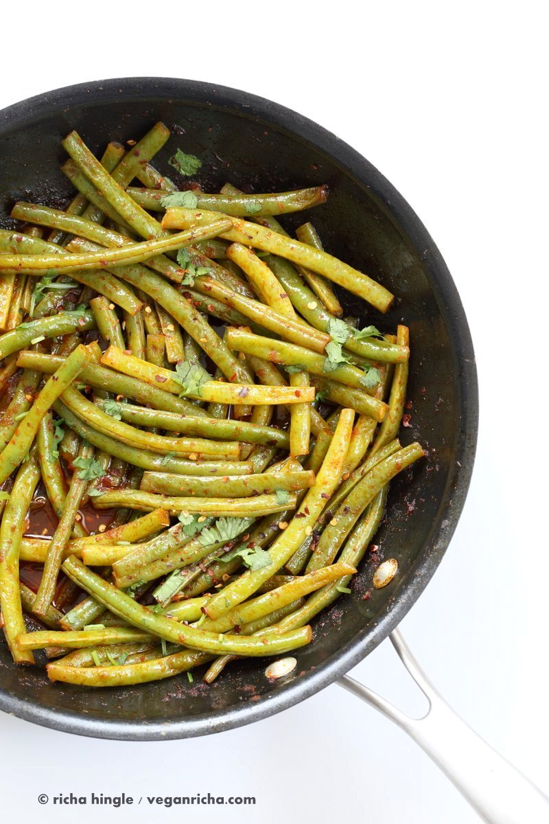 Red Curry Green Beans - Green Beans Stir fry with red curry paste, kaffir lime, sugar and chile. Phad Phrik Khing #Vegan #Glutenfree #Soyfree #Recipe | VeganRicha.com