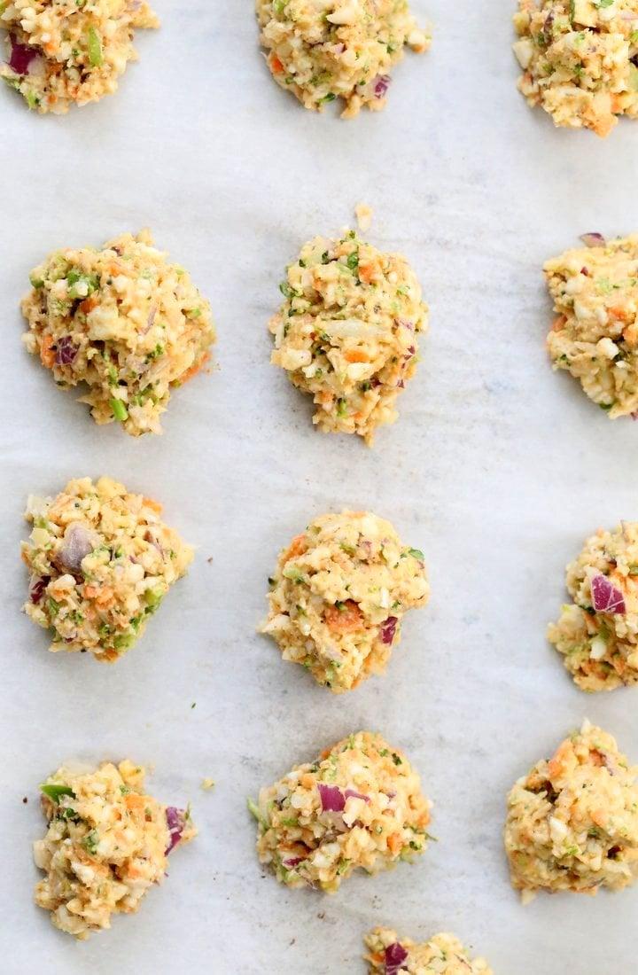 Broccoli, Cauliflower, potatoes, carrots and greens in this Mixed Vegetable Pakora. Baked Veggie Pakore Bhajjiya. Vegan Soyfree Recipe. Easily Glutenfree | VeganRicha.com