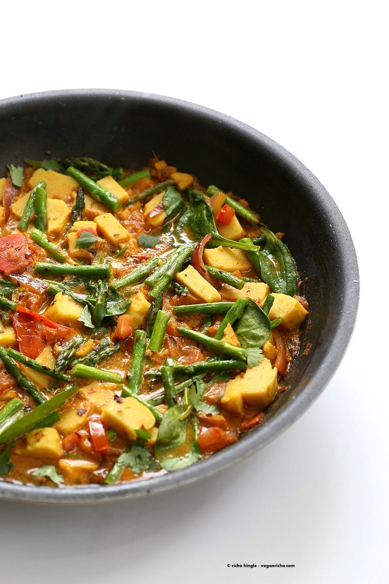 Asparagus curry with spinach chickpea tofu vegan richa easy asparagus curry with chickpea tofu and indian spices indian vegan gluten free soy forumfinder Gallery