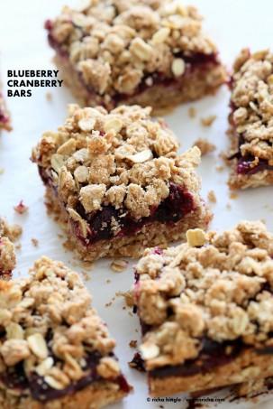 Cranberry Blueberry Crumb Bars