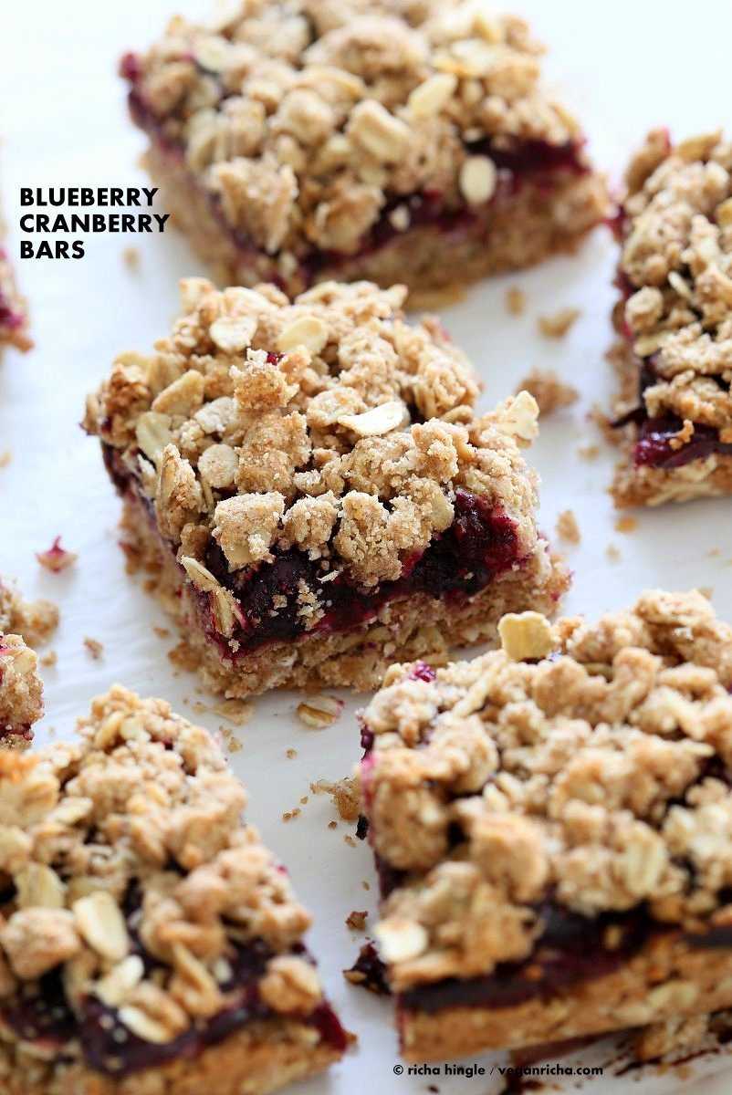 Cranberry Blueberry Crumb Bars. Easy Blueberry Bars. Crumble bars with blueberry cranberry chia layer, shortbread and oat crumb topping. Vegan Recipe. | VeganRicha.com
