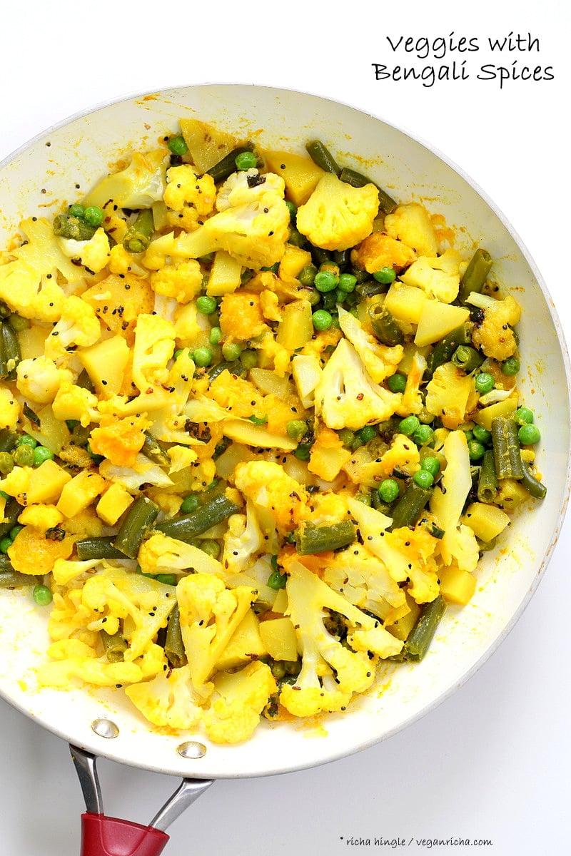 Bengali Mixed Veggies - Charchari Recipe. Cauliflower Potato Green Beans Peas with Bengali (Eastern Indian) Spices. Panch Phoron Phulkopi Recipe. Easy Veggie Side. #Vegan #Glutenfree #Soyfree #Indian #Recipe. | VeganRicha.com