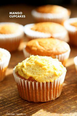 One Bowl Vegan Mango Cupcakes. Easy Mango Cupcake or Cake Recipe. Whisk up the dry ingredients. Add in mango puree and bake. Easy tropical cupcakes. Frost with frosting of choice. Vegan Recipe   VeganRicha.com #vegan #glutenfree #veganricha