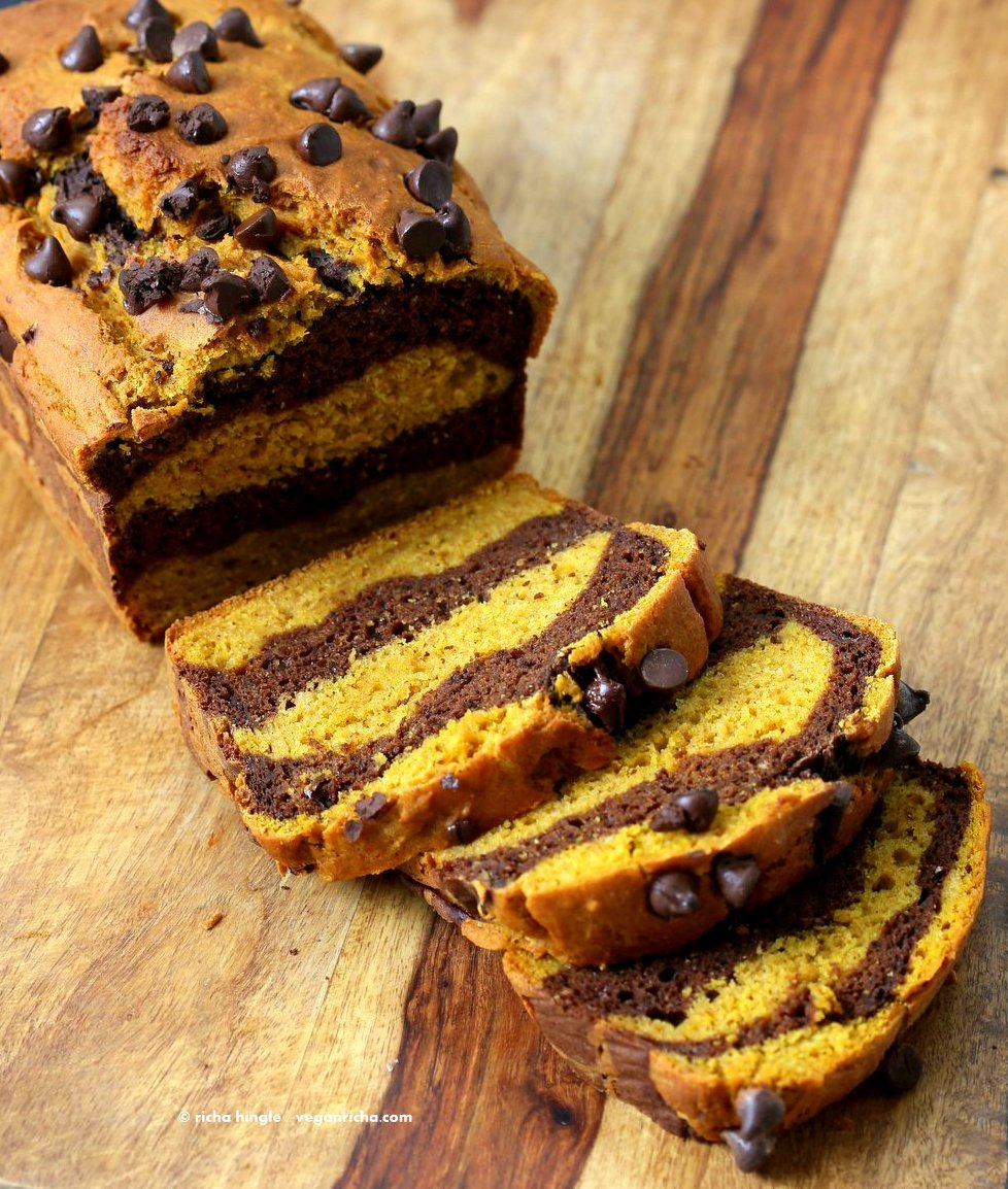 Easy Marbled Golden Pumpkin Chocolate Bread. Layers of Pumpkin Spice + Turmeric + Pumpkin puree, and Chocolate Cake. Vegan Soy-free Recipe | VeganRicha.com width=