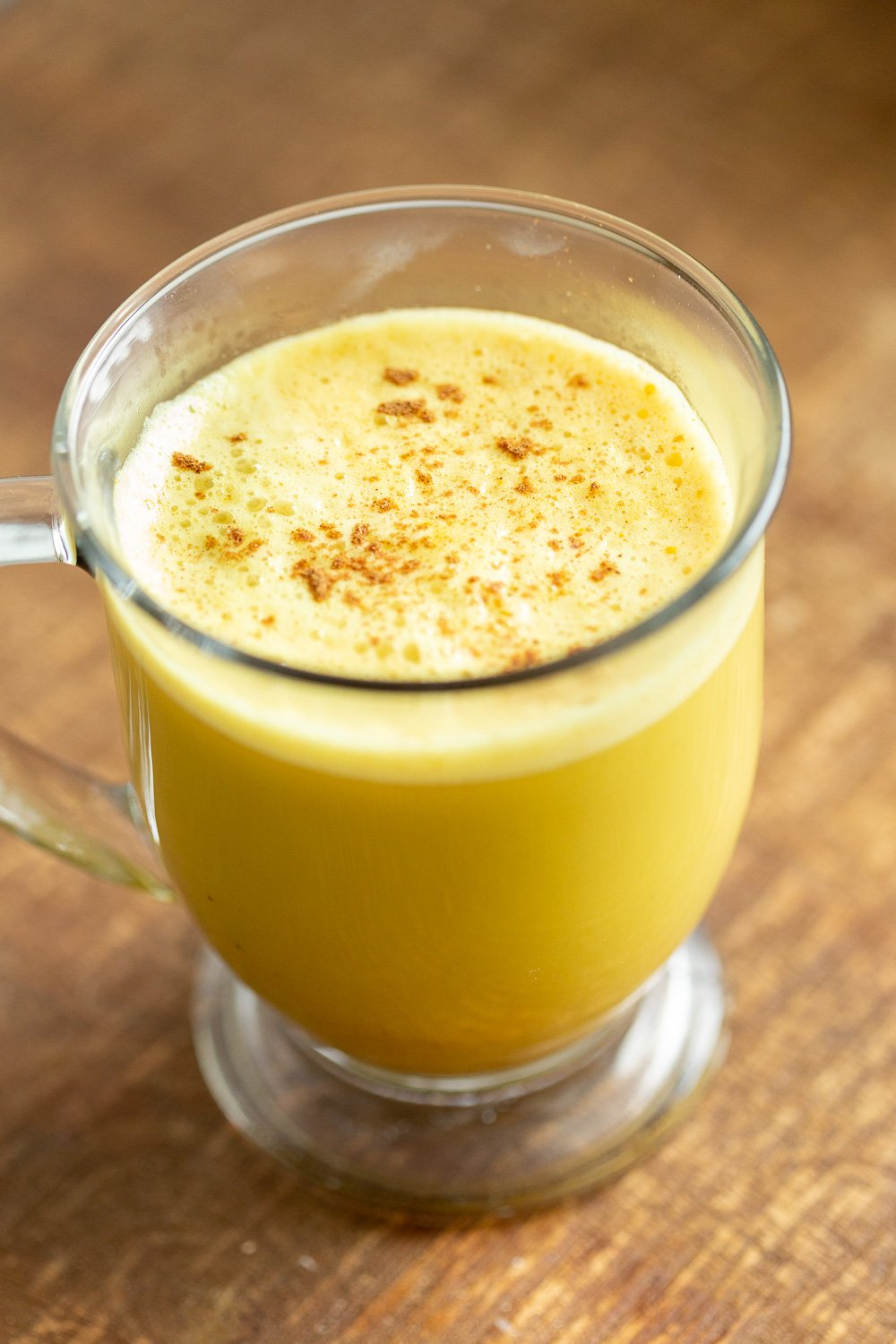 Turmeric Latte with Pumpkin Pie Spice Golden Milk Latte. #vegan #glutenfree #veganricha