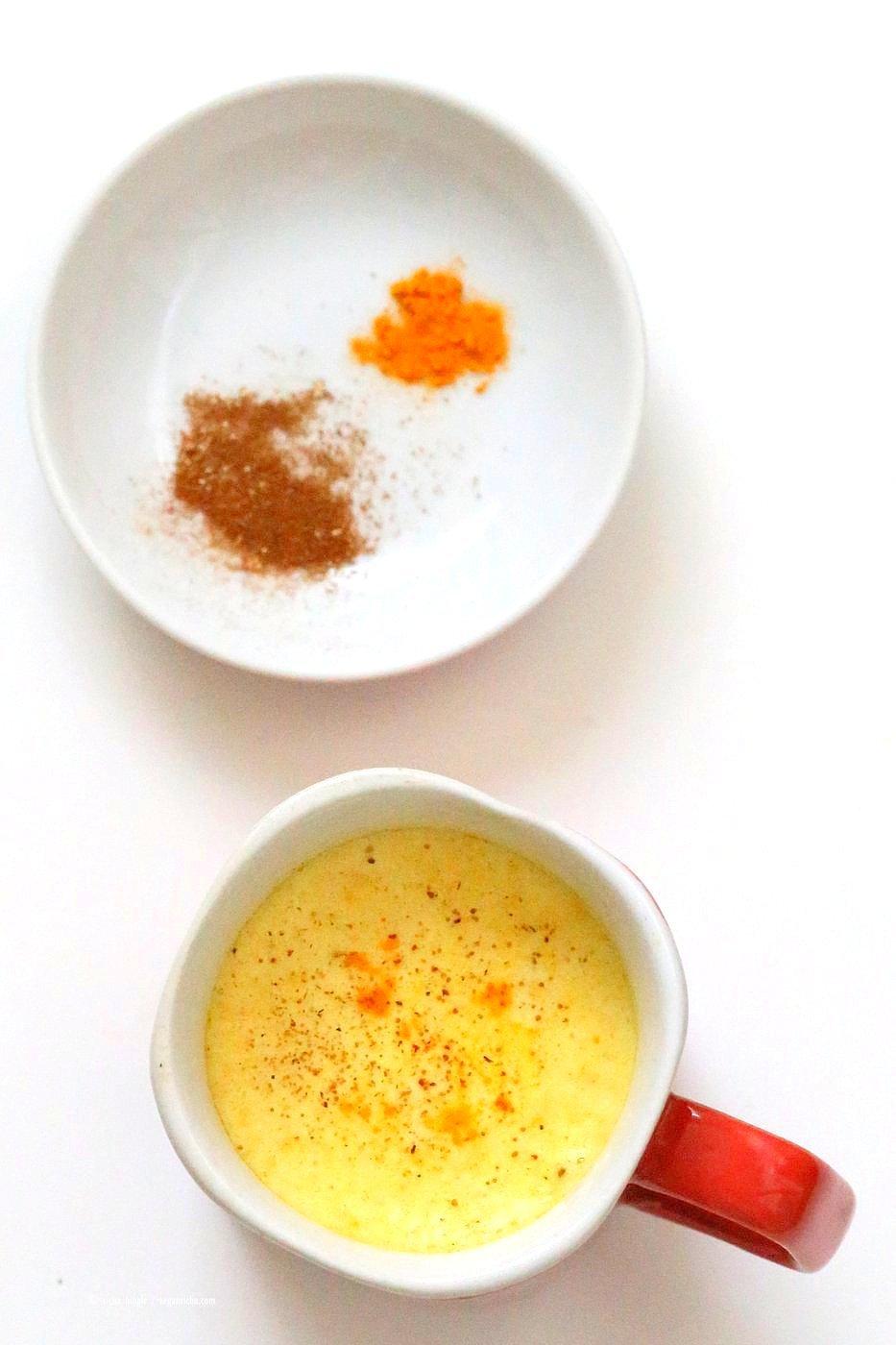 Pumpkin Pie Spice Turmeric Latte. Warming comforting latte with pumpkin pie spices and turmeric. Ready in 10 minutes. Vegan Gluten-free Recipe | VeganRicha.com
