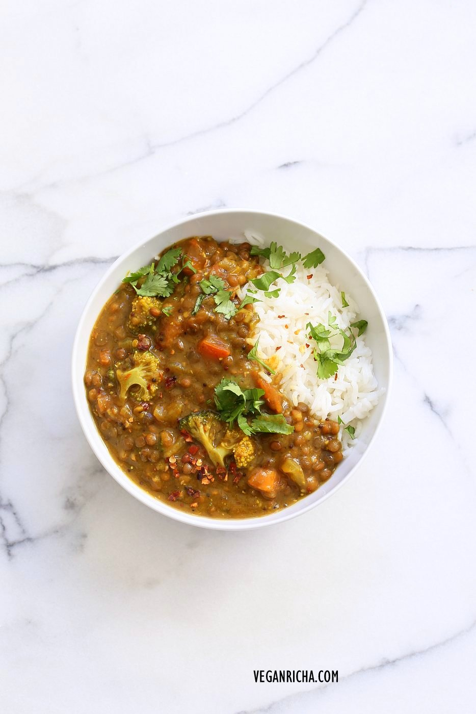 Brown Lentil Soup with Broccoli, Fenugreek seeds and black pepper. Warming Winter soup with veggies and fenugreek for healing and detox. Vegan Gluten-free Soy-free Dal Recipe | VeganRicha.com