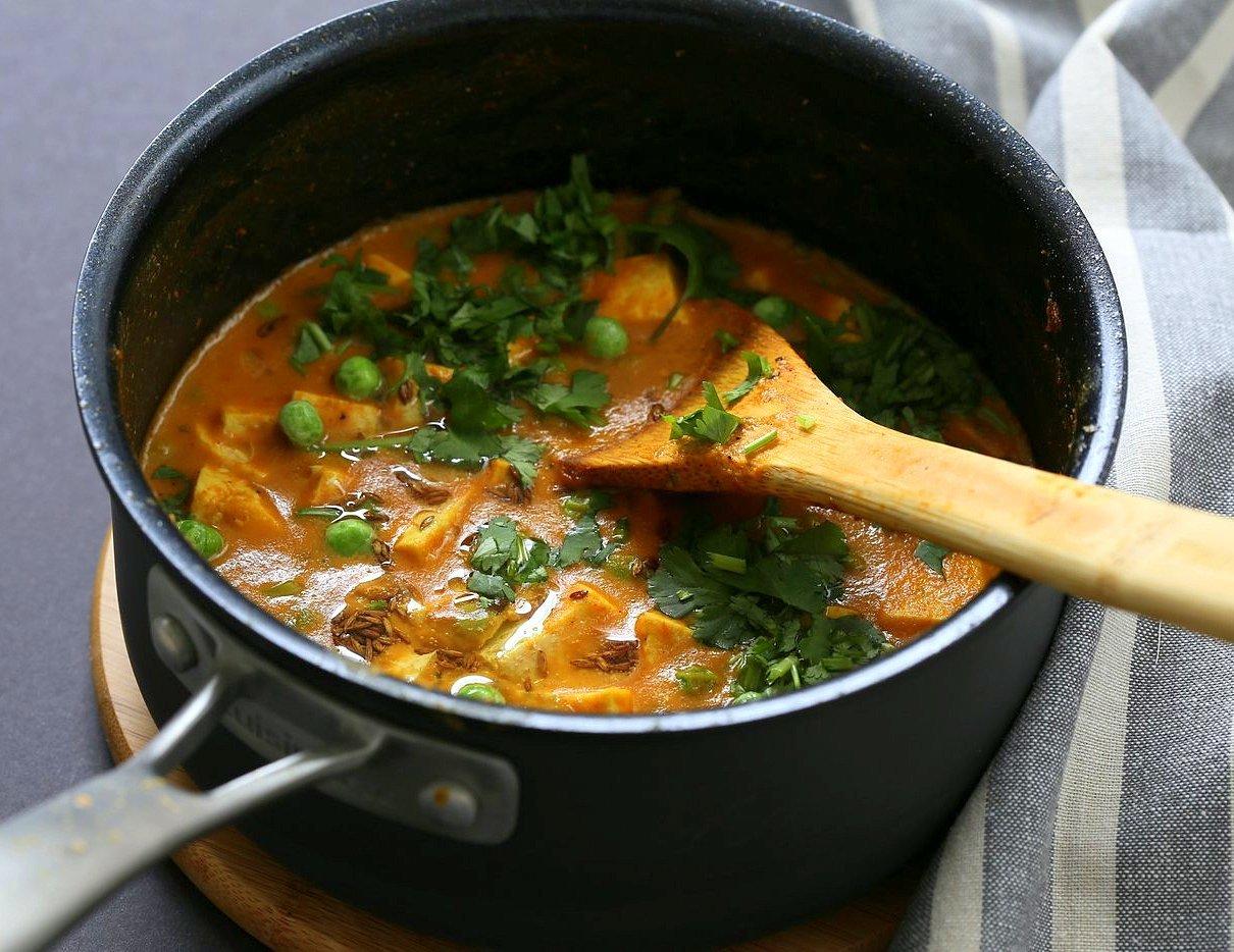Tofu Matar Masala - Tofu Peas in Blender Masala Sauce. Curried Tofu and peas with a roasted cumin tempering. Vegan Matar Paneer. Gluten-free Recipe. Use chickpeas or veggies to make soy-free #vegan #veganricha #recipe   VeganRicha.com