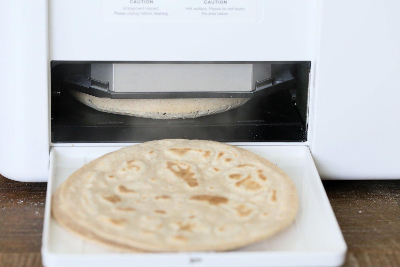 Roti Chapati Indian Flatbread made in Rotimatic.
