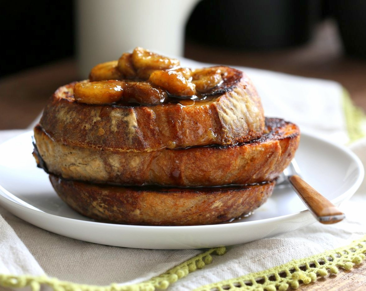 Vegan Banana French Toast. Vegan French Toast with Caramelized bananas. Banana and non dairy milk make up the french toast batter. Cooked French toast is served with caramelized Bananas, maple and vegan butter. Vegan Nut-free Recipe. | VeganRicha.com